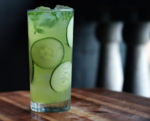 cucumber-mint-wine-cocktail